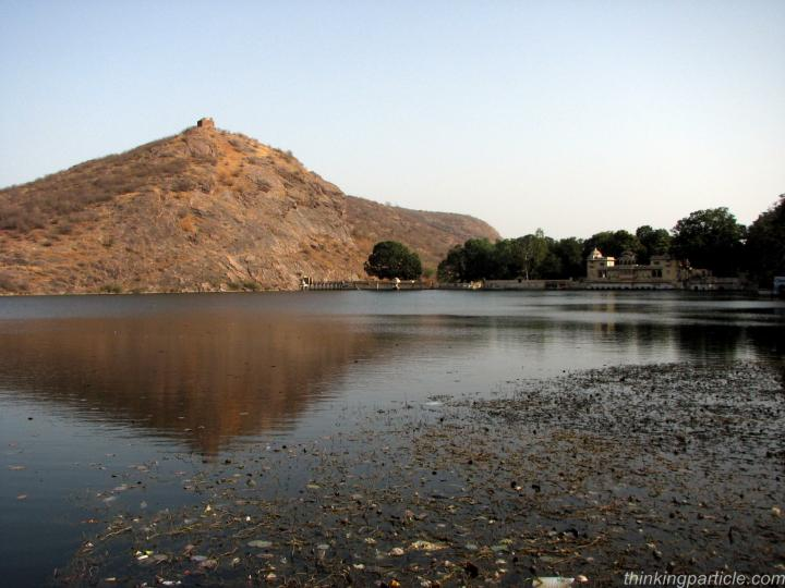 Jait Sagar Lake and Sukh Mahal Bundi