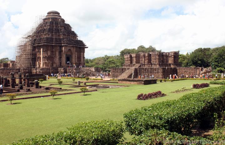 essay about konark temple Essay about konark temple you8217ll do something like 15 reps at 20 pounds, followed by 12 reps at 25 pounds, followed by 8 reps easystreet.